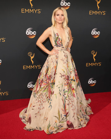 Kristen Bell Emmy Awards 2016
