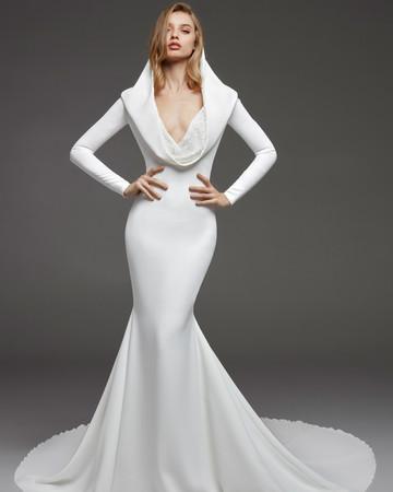 pronovias fall 2019 long sleeve trumpet wedding dress