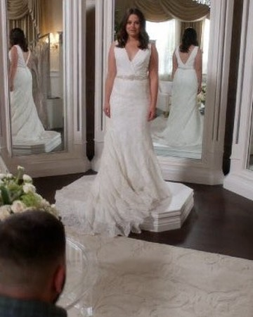 Scandal character Quinn Perkins wedding dress shopping