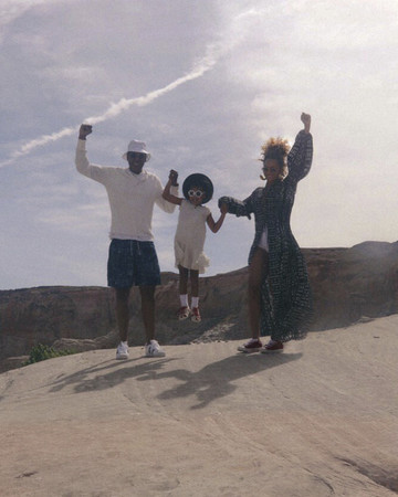 Beyonce, Jay Z, and Blue Ivy at the Grand Canyon