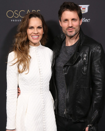 hilary swank and philip schneider