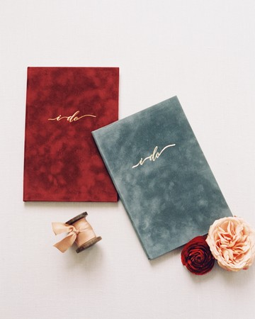 vow books