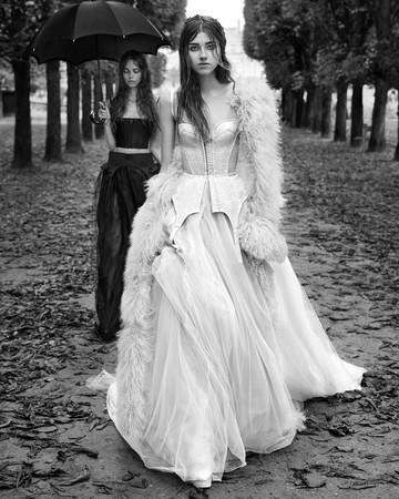 vera wang fall 2018 cutout panel wedding dress