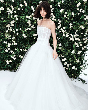 carolina herrera strapless tulle ballgown wedding dress spring 2020