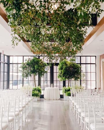 kelly drew new jersey wedding ceremony greenery