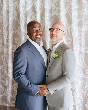 wedding grooms portrait