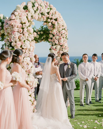 outdoor hawaiian wedding ceremony vow reading