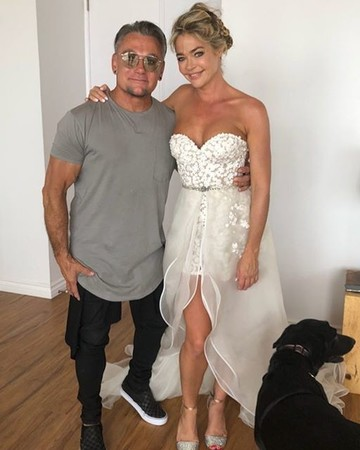 denise richards mark zunino wedding dress