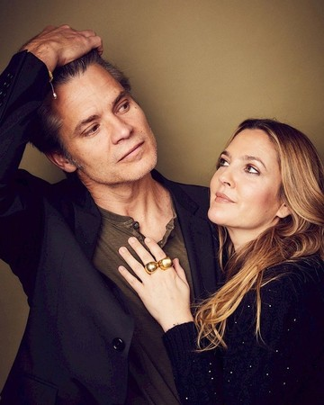 Drew Barrymore and Timothy Oliphant