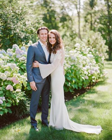 melissa michael bride groom hydrangeas