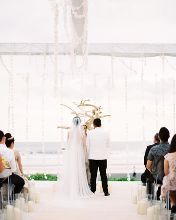 vivi yoga bali wedding ceremony couple