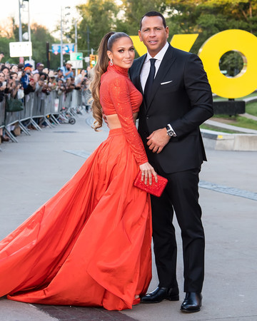 jennifer lopez and alex rodriguez at the cdfa fashion awards