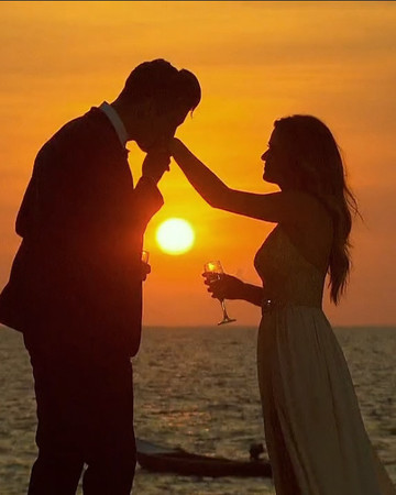 JoJo Fletcher and Jordan Rodgers sunset