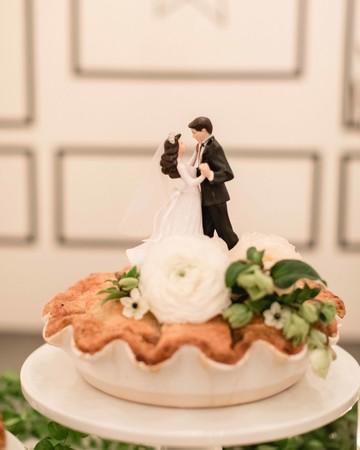 pie wedding topper