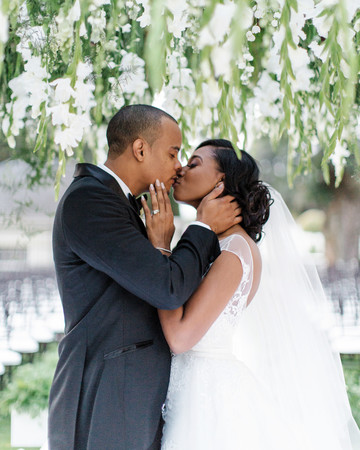 chloe shayo south africa wedding first kiss couple