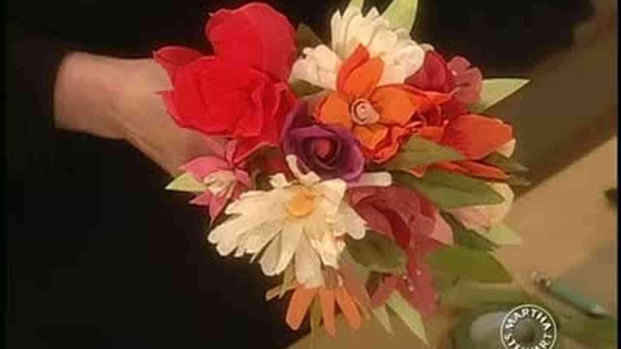 Video Jodi Levines Paper Flowers Martha Stewart Weddings
