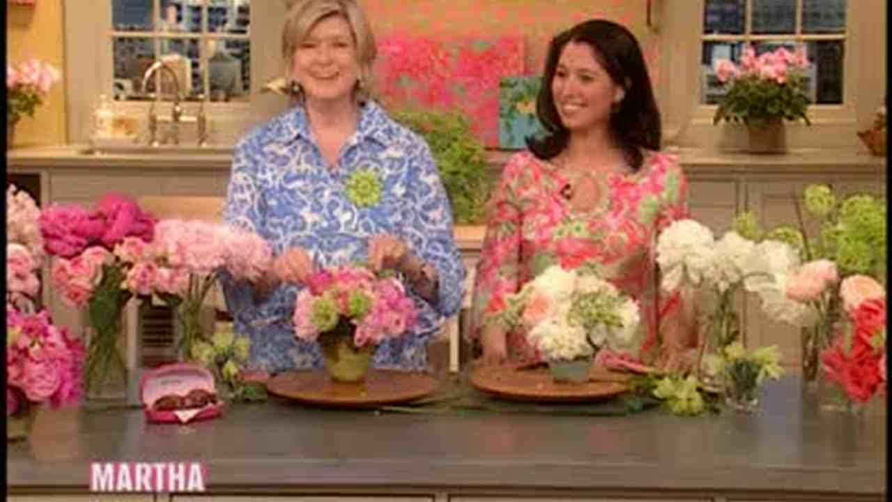Video How To Make A Flower Bouquet Martha Stewart Weddings