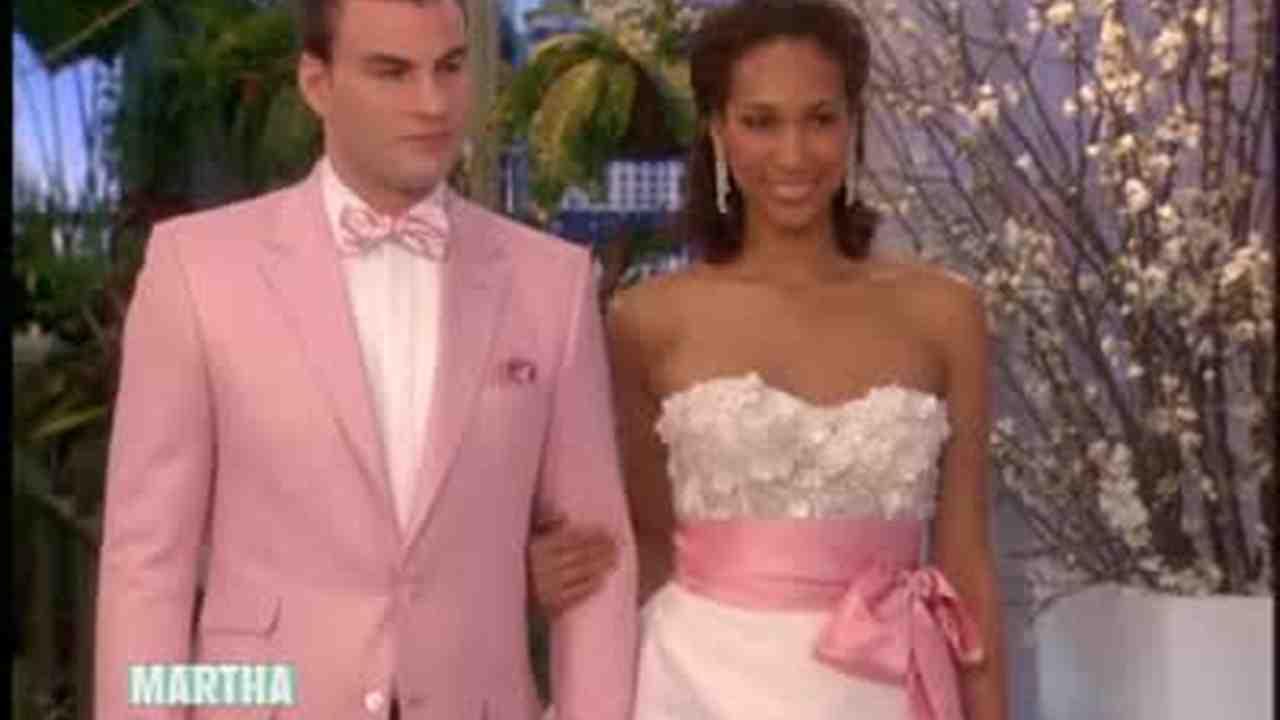 Video Wedding Attire From Kleinfeld With Randy Fenoli Martha Weddings