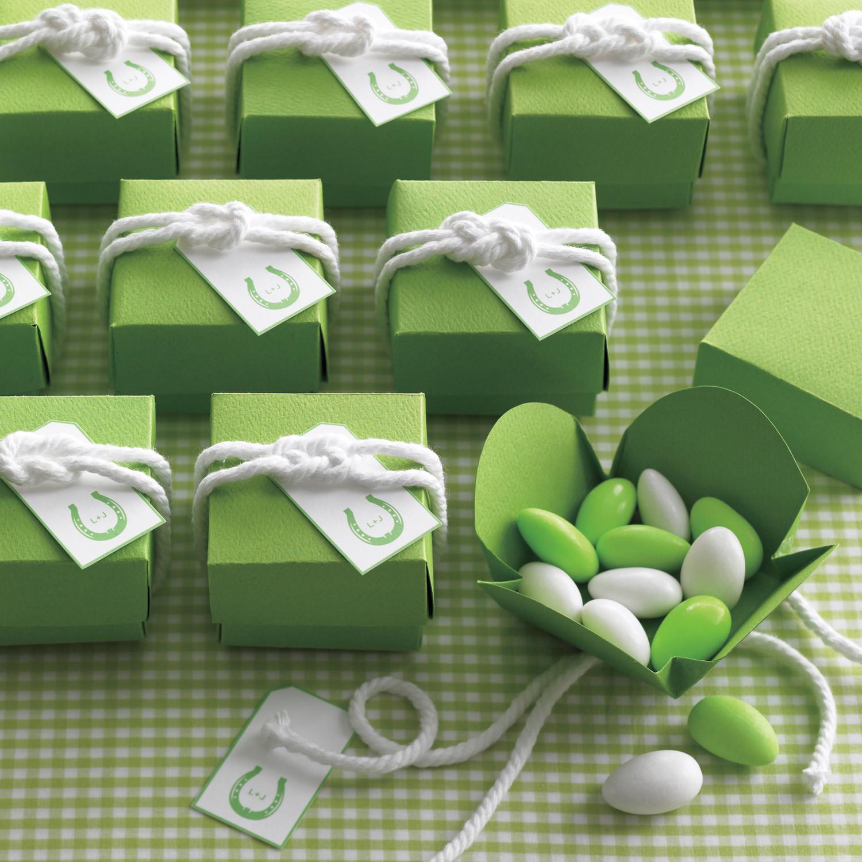 Sailor Knots For Favor Boxes Martha Stewart Weddings