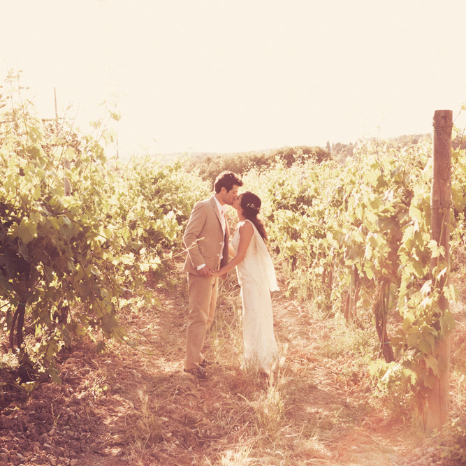 Real Weddings In Tuscany: A Rustic, Vintage, And Romantic Destination Wedding In