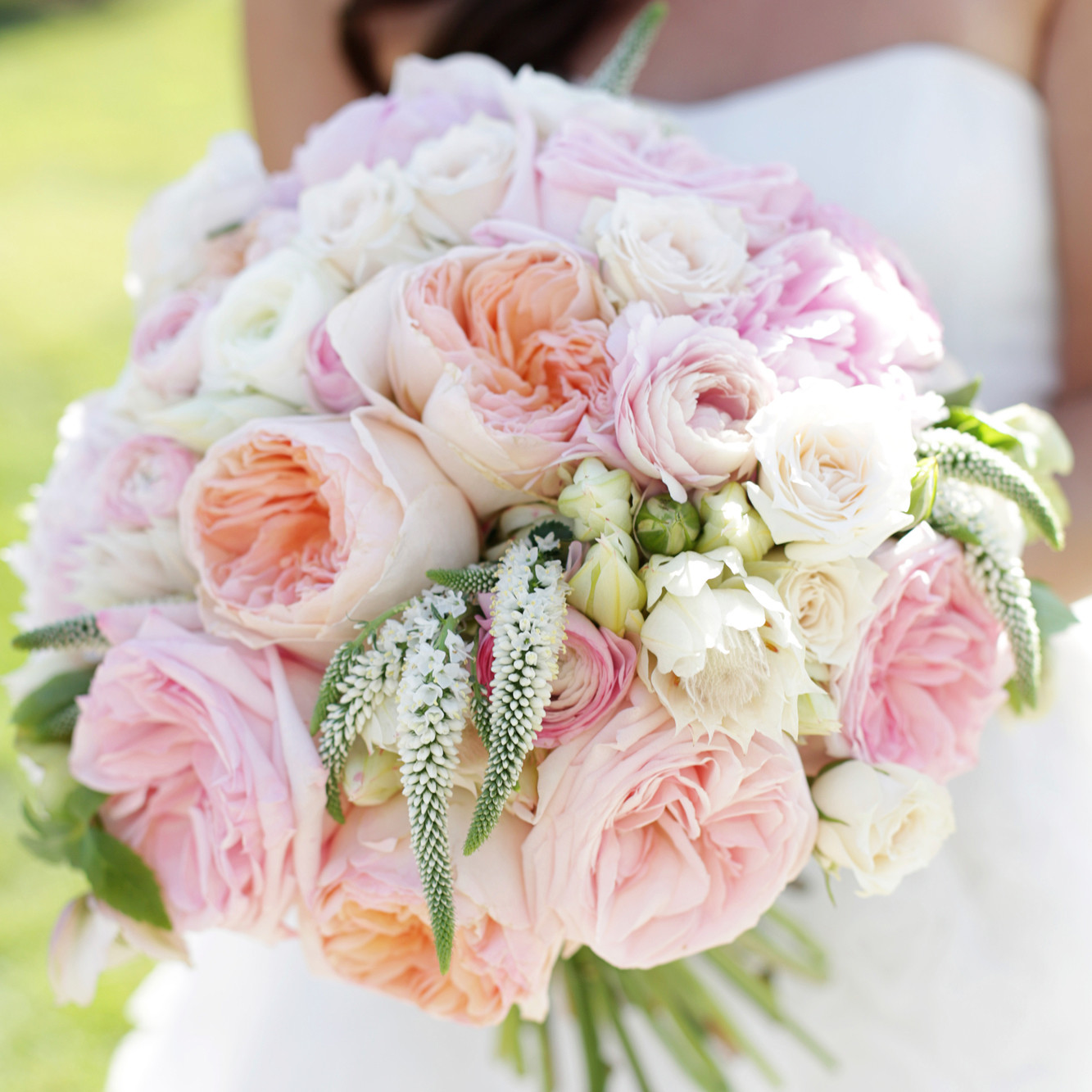 our favorite rose wedding bouquets martha stewart weddings - Garden Rose Bouquet
