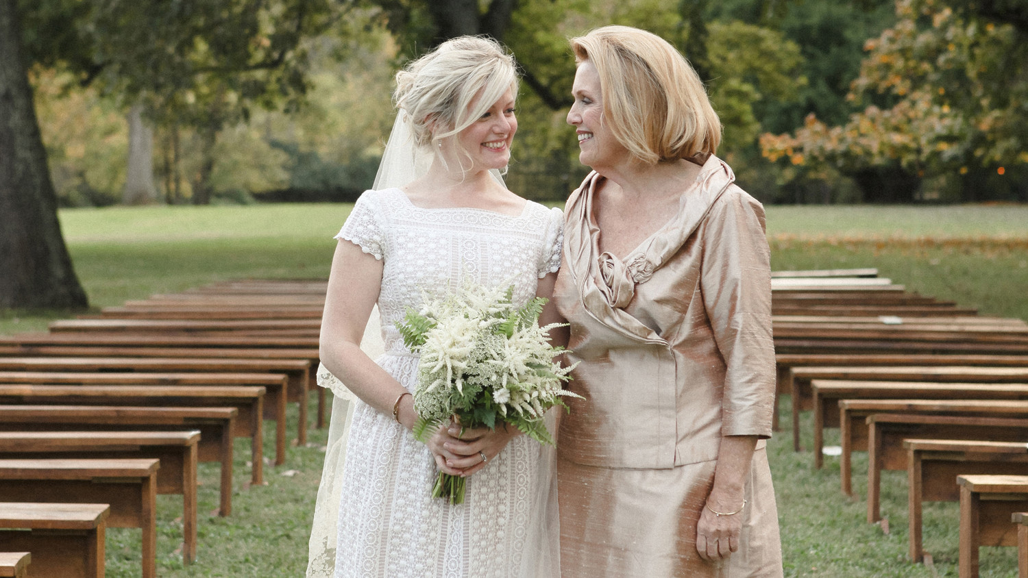 The Ultimate Mother Of The Bride Checklist Martha Stewart Weddings