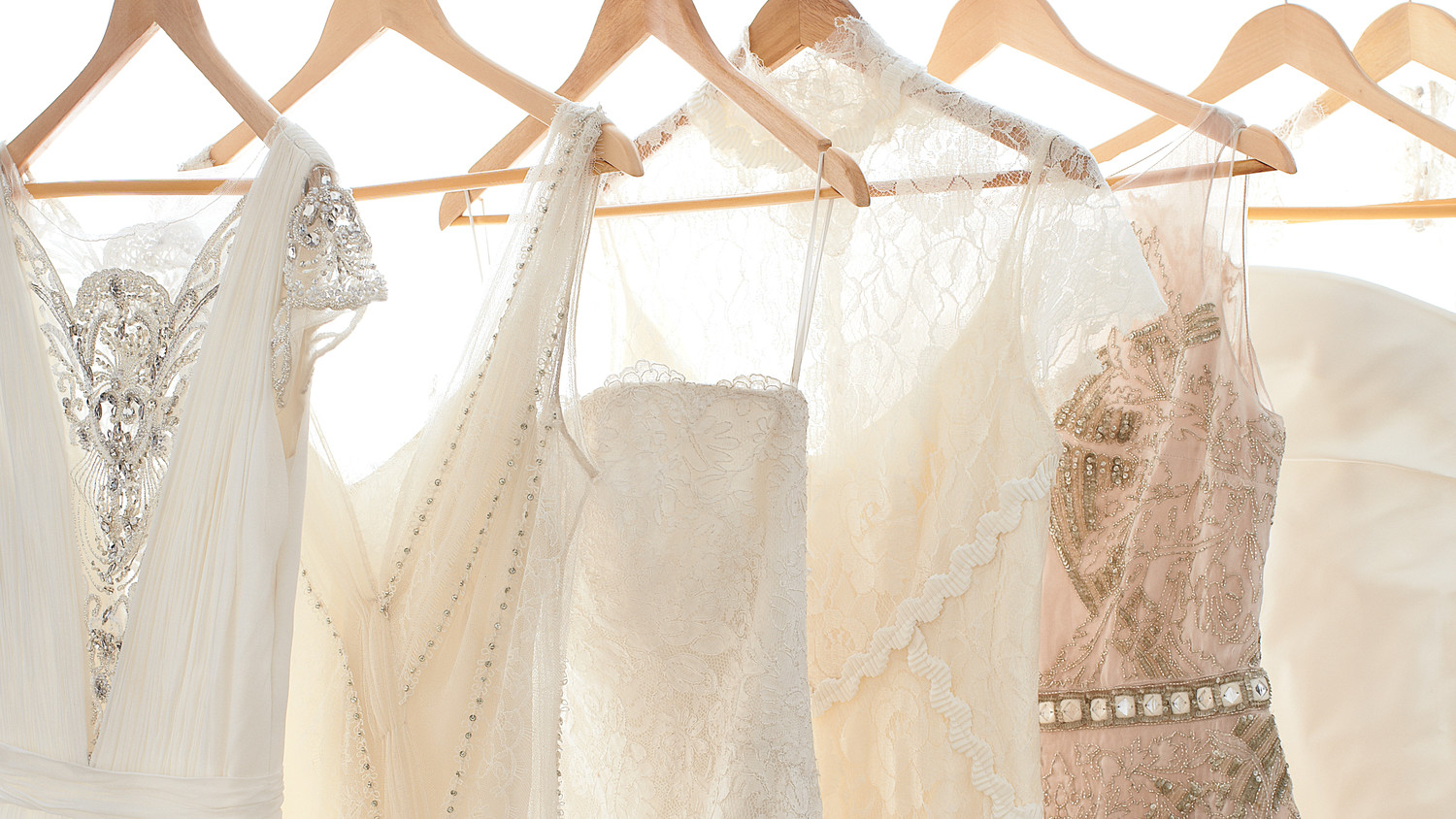 The Best Wedding Dress Shopping Tips Martha Stewart Weddings