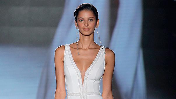 Rosa Clara Spring 2019 Wedding Dress Collection