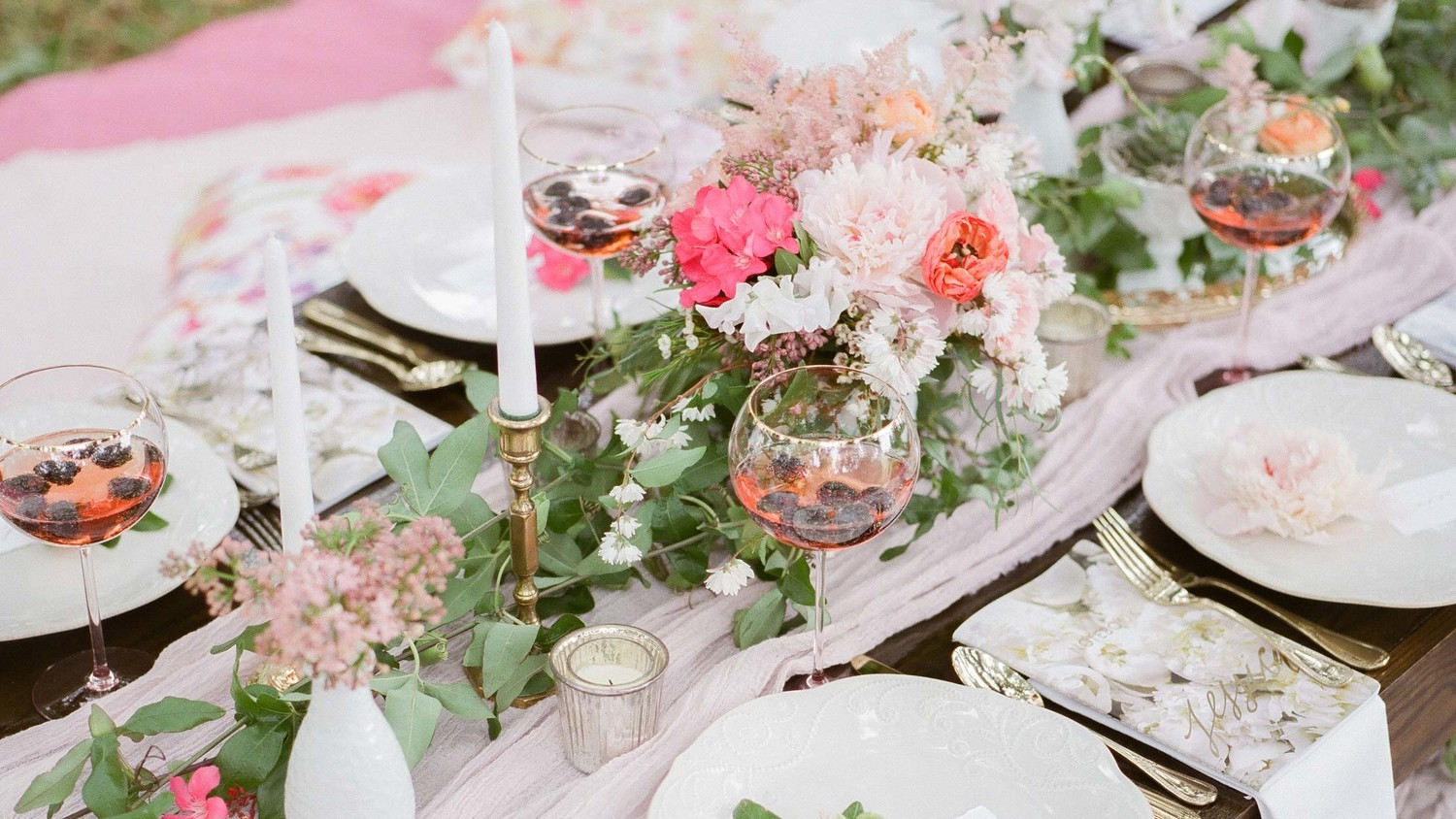 24 unexpected bridal shower ideas to bookmark martha stewart weddings