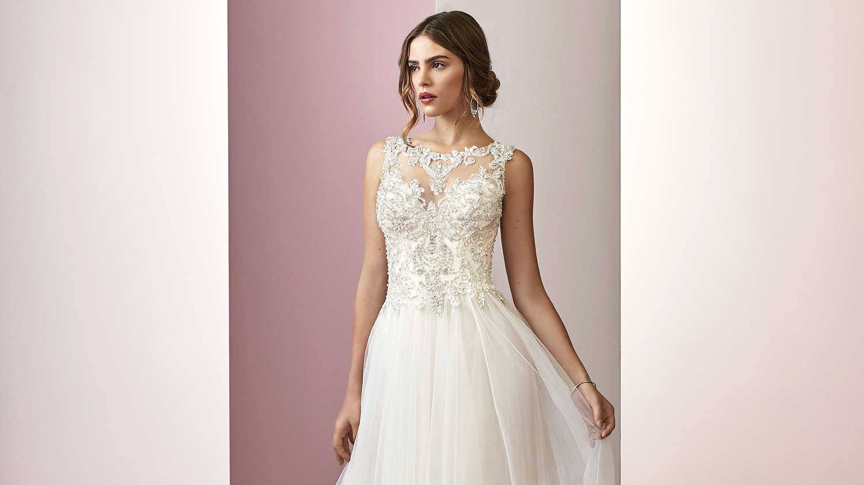 be7008651f53 Rebecca Ingram Spring 2019 Wedding Dress Collection | Martha Stewart  Weddings