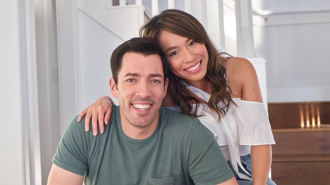 property brothers star drew scott is planning his wedding with this theme in mind martha. Black Bedroom Furniture Sets. Home Design Ideas