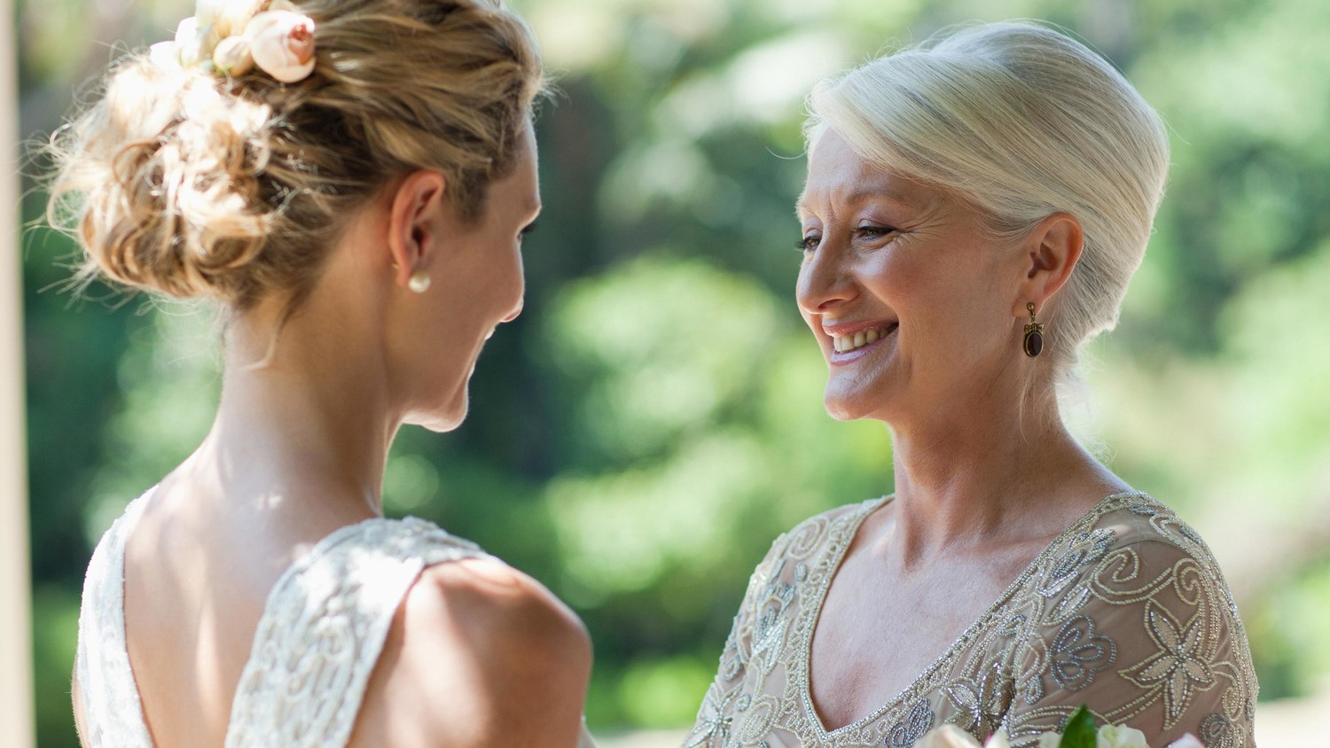 How To Lower Your Mom's Wedding-Planning Stress Level