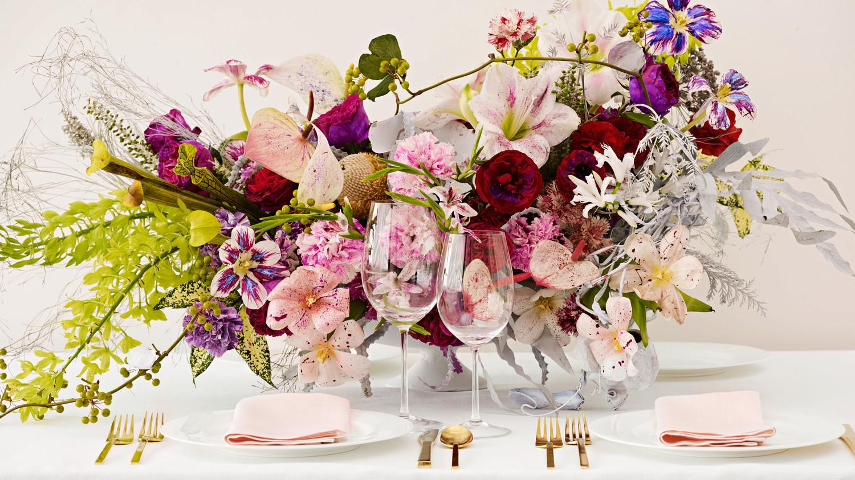 Painted flowers are the wedding trend youre about to see everywhere painted flowers are the wedding trend youre about to see everywhere martha stewart weddings izmirmasajfo