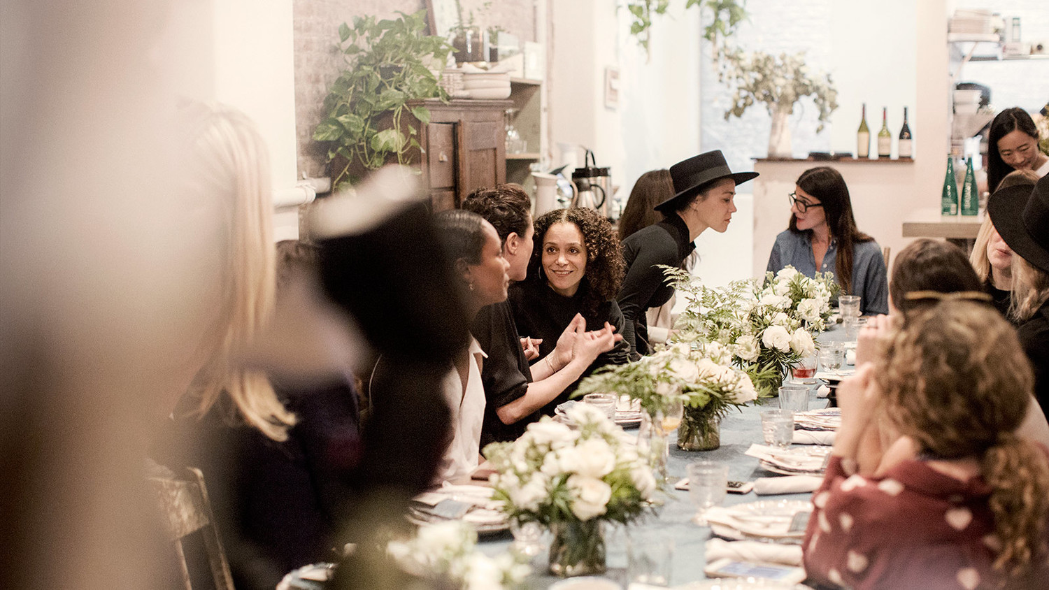 8 tips for throwing a bridal shower at a restaurant martha stewart weddings