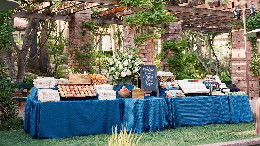 Martha Stewart Wedding Gift Ideas: Everything You Need To Know To Pull Off A Wedding Gift