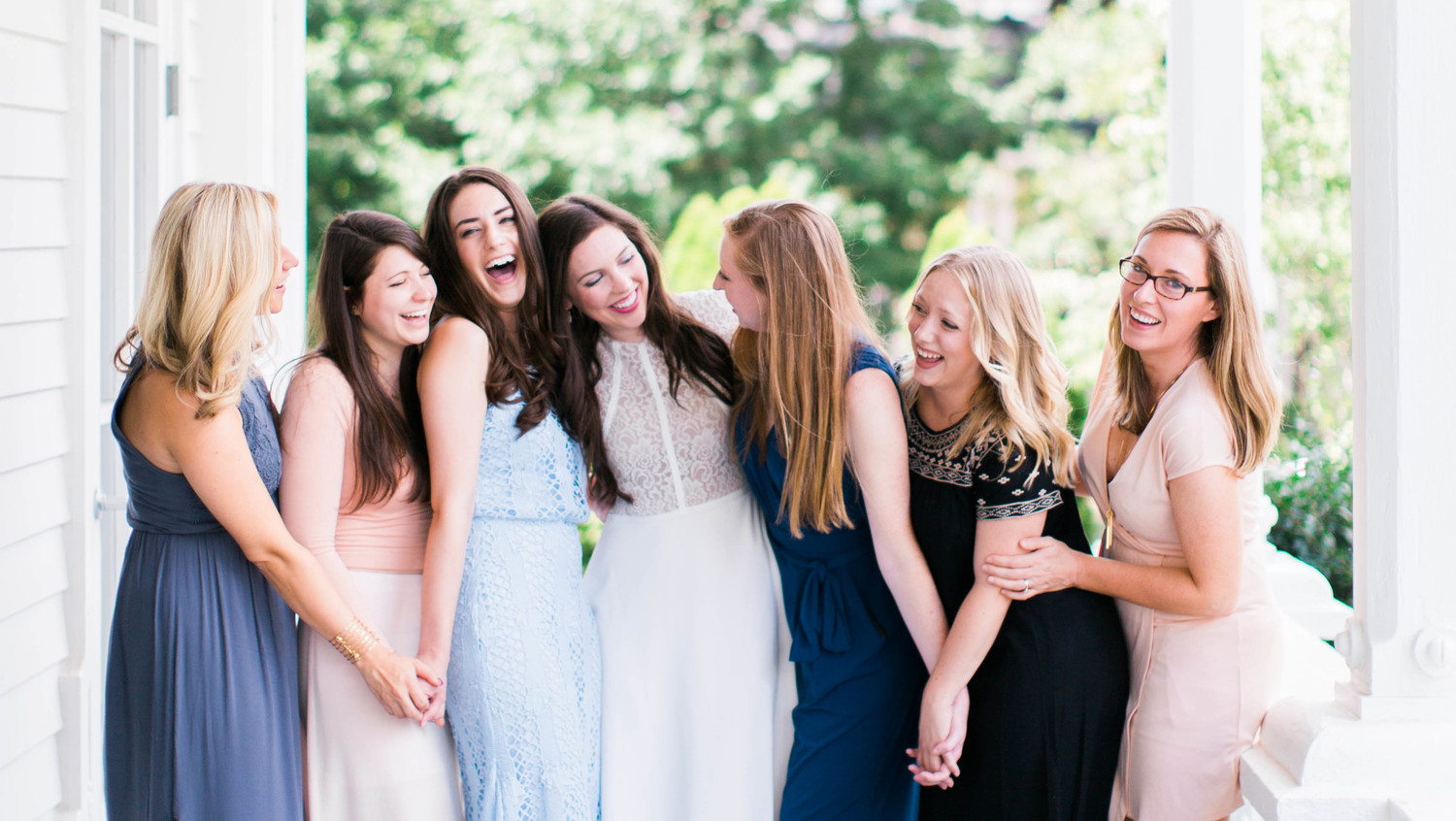 Your Bridal Shower Etiquette Questions, Answered