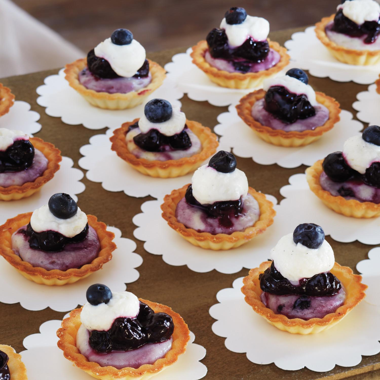 39 amazing dessert tables martha stewart weddings 17 wedding cheesecake ideas to upgrade your dessert bar junglespirit Images