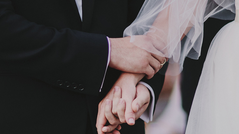 The Etiquette Of Second Weddings Martha Stewart Weddings