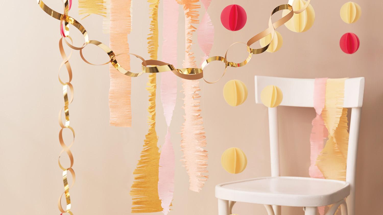 3 DIY Streamers to Decorate Your Celebration | Martha Stewart Weddings & Drape Dangle and Entwine! 3 DIY Streamers to Decorate Your ...
