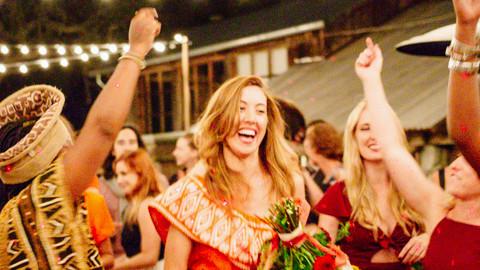 10 Amazing Group Wedding Dances That Stole The Show