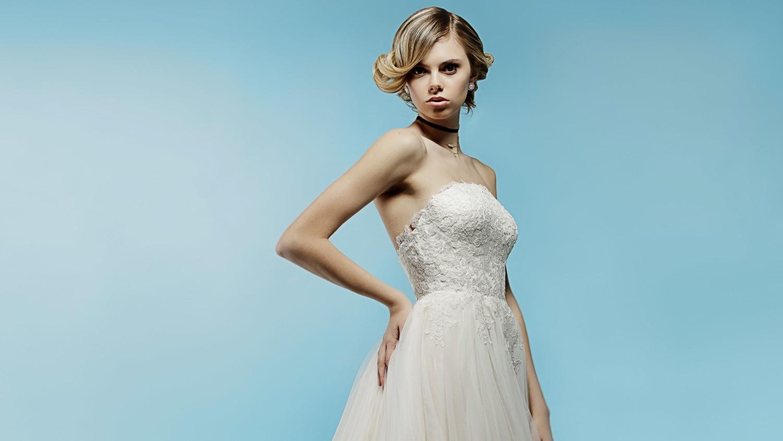 Lazaro Spring 2018 Wedding Dress Collection | Martha Stewart Weddings