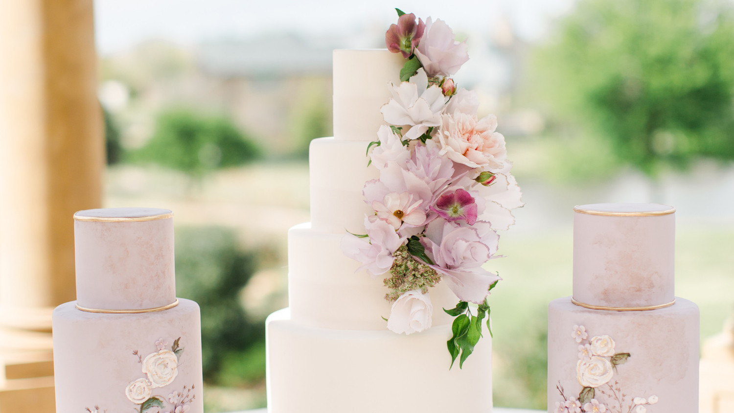 25 New Takes On Traditional Wedding Cake Flavors