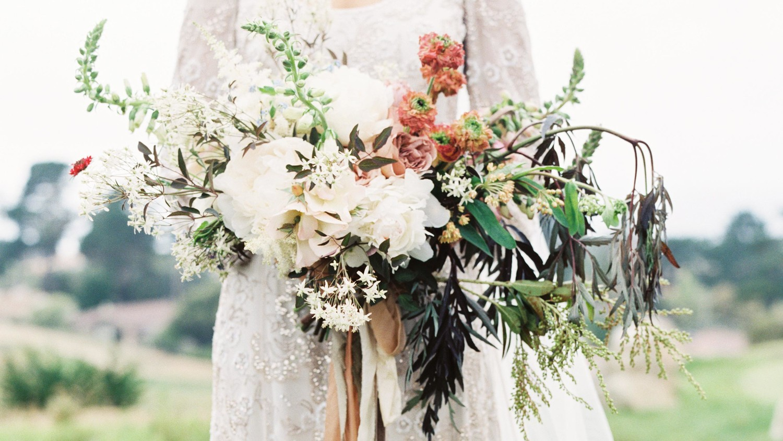 Unique wedding bouquets martha stewart weddings izmirmasajfo