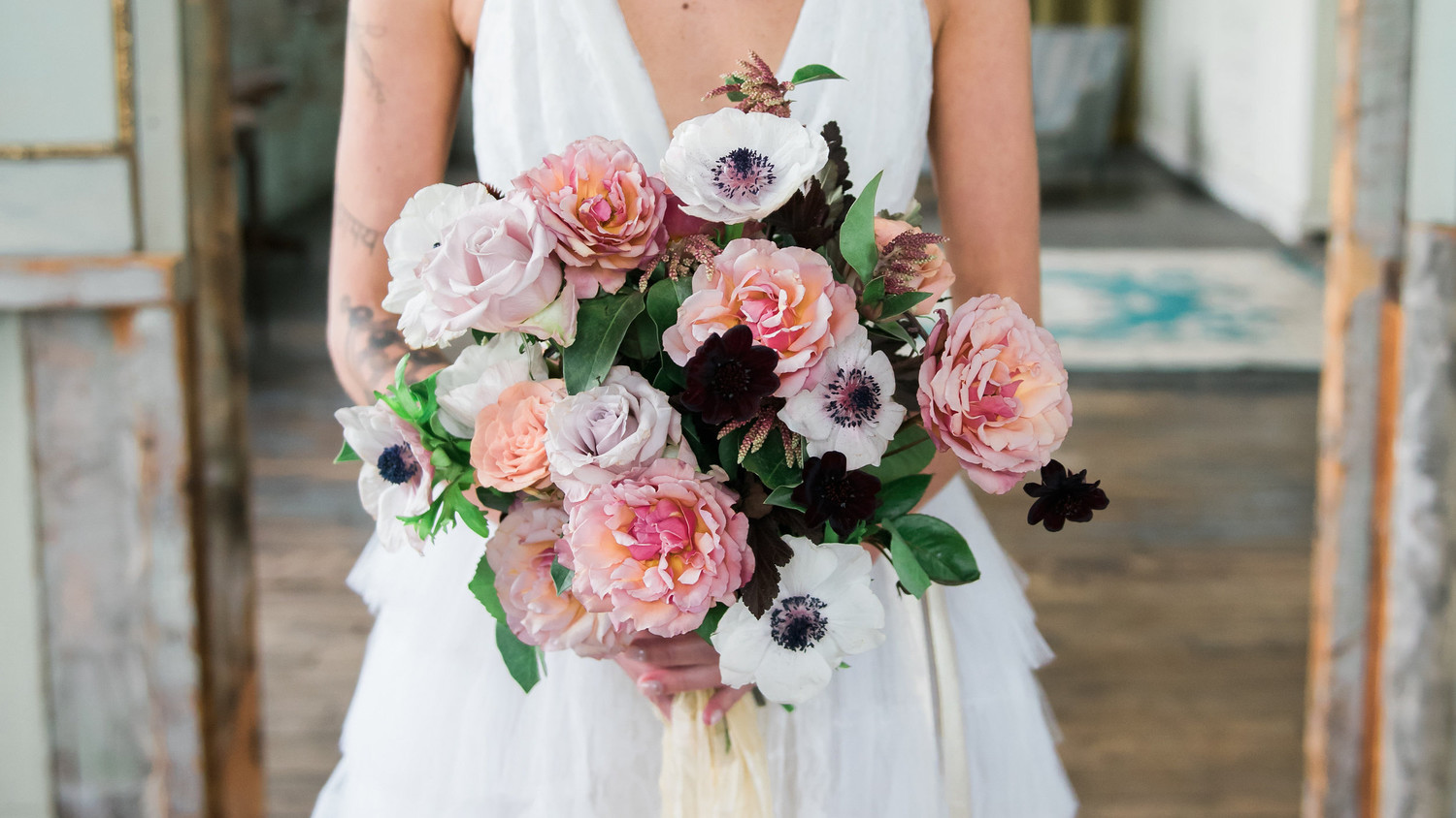 Martha Stewart Weddings: Everything You Need To Know About Fragrant Wedding Flowers