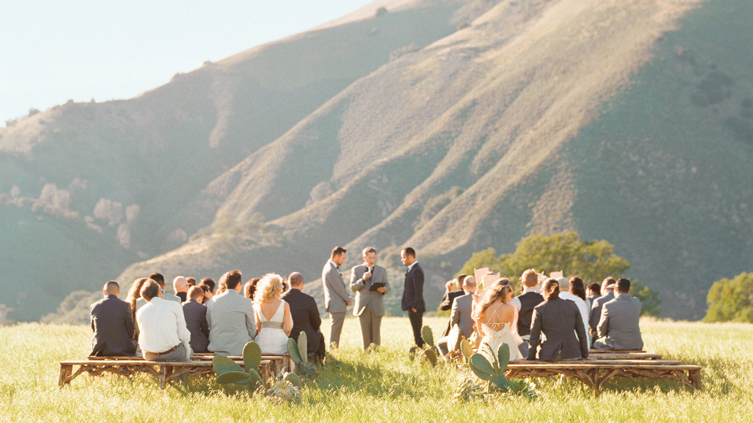 16 things you need to know to pull off an outdoor wedding martha 16 things you need to know to pull off an outdoor wedding martha stewart weddings junglespirit