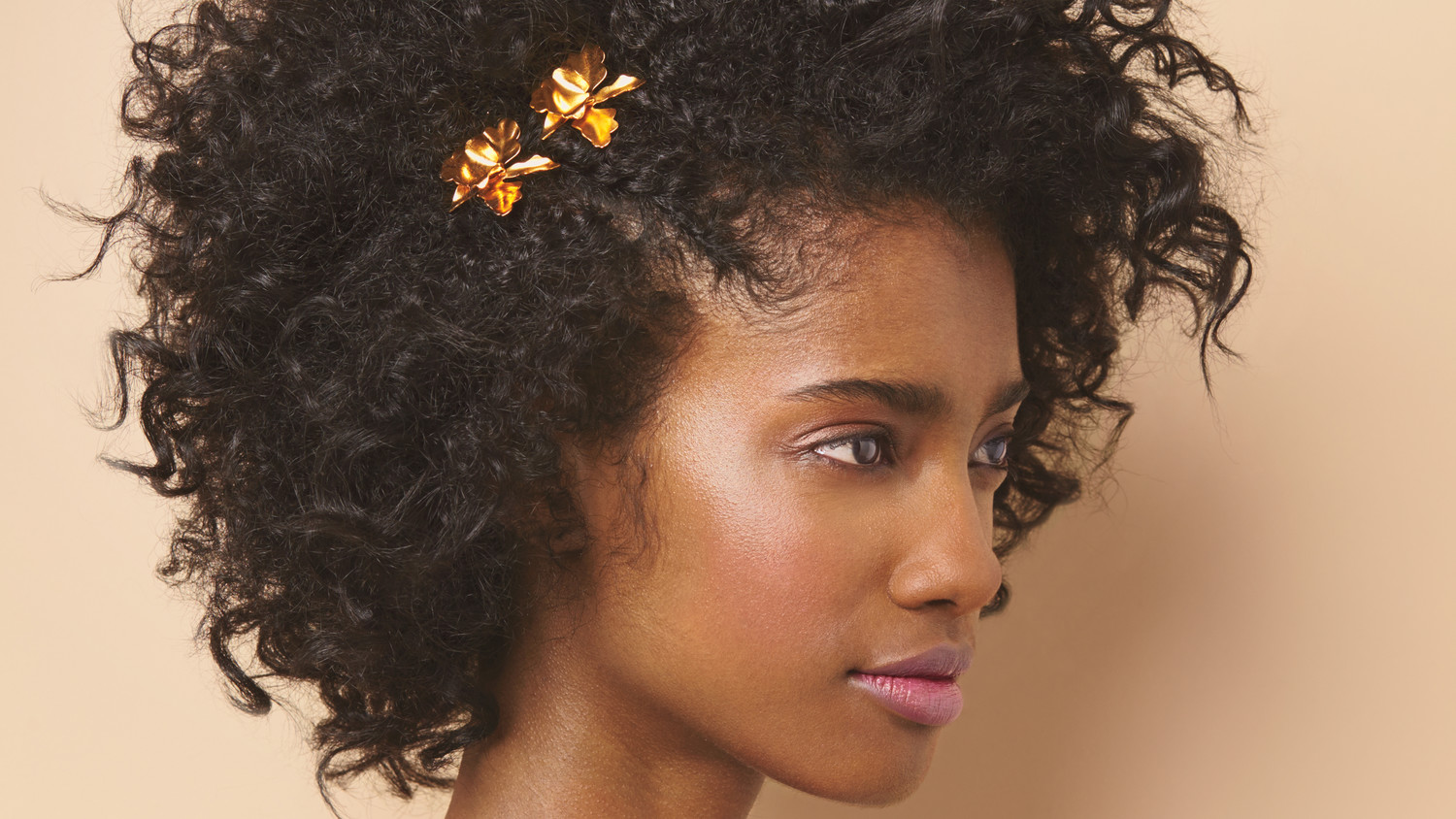 how to wear hair style 3 ways to wear curly hair for your walk the aisle 4760 | 02 adorned textured hair metal clips 045 d111402 horiz