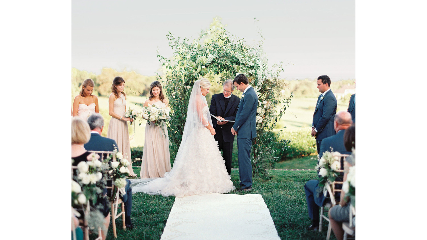 How To Hire A Wedding Officiant
