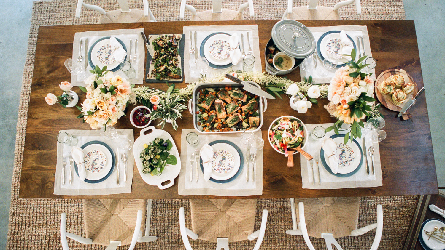 Real Weddings Zola: How To Be A Great Thanksgiving Guest At Your In-Laws