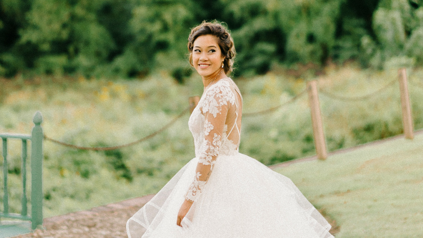 Real Brides Wearing Long-Sleeved Wedding Dresses