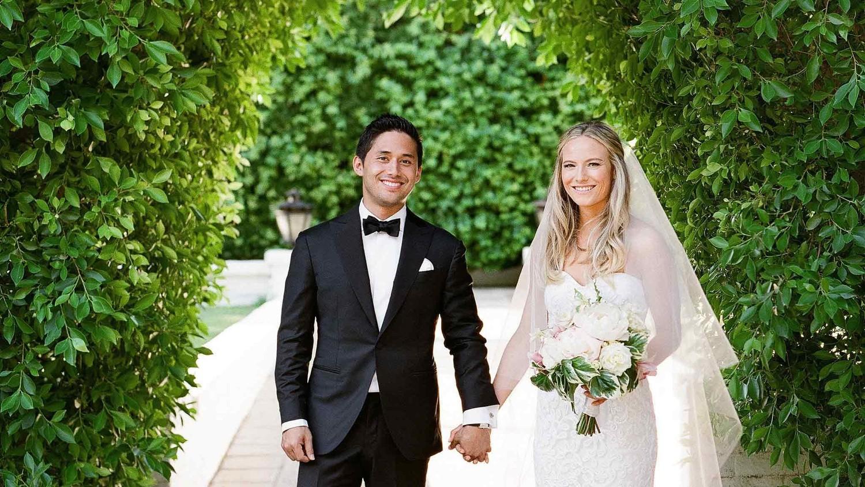 Romantic Outdoor Black Tie Wedding: A Casual, Outdoor Wedding In Palm Springs With A Black-Tie